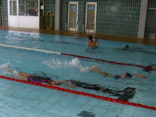 Foto Schwimmen Zeitungsbericht